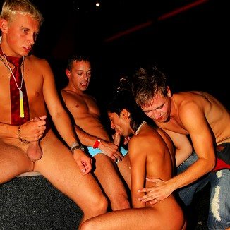 Groupfuck with 6 guys an 1 girl 01 5