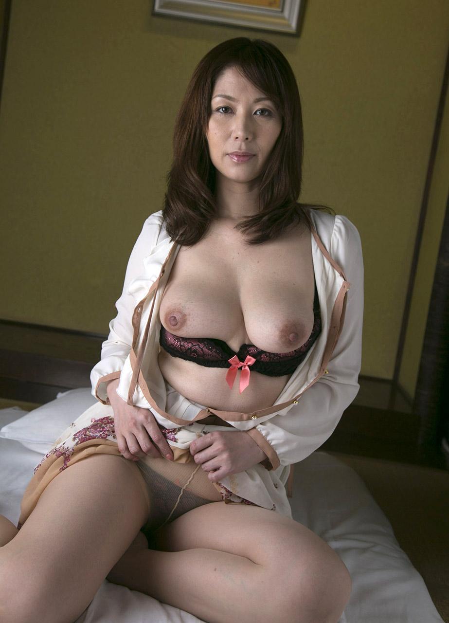 UGJ Japanese Porn Chisato Shouda 翔田千里 Pics 30!