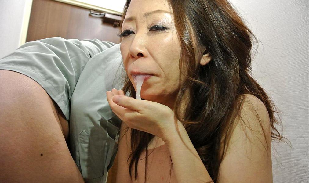 Kana shimada has mouth and vagina screwed by men in hot 7