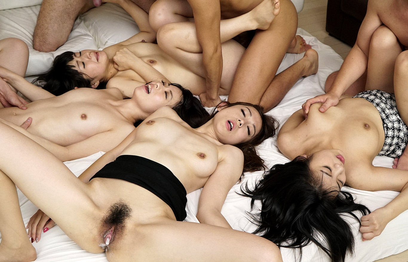 girls on girls eating vagina photo